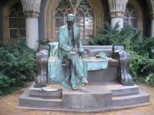 Károlyi-szobor
