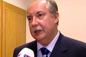 Kiss Péter munkaügyi miniszter