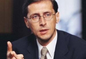 Varga Mihály miniszter