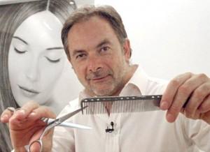 Zsidró Tamás hajszobrász