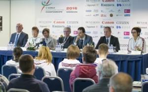 Debreceni sajtótájékoztató