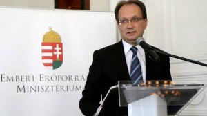 Hoppál Péter államtitkár