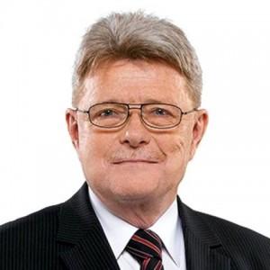 Dr. Gyenes Géza