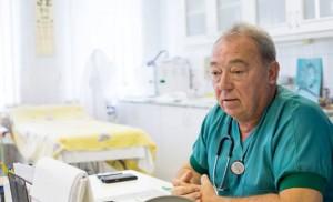 Dr. Menyhárt Miklós