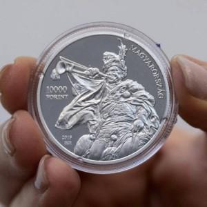 Benczúr-érme előoldal
