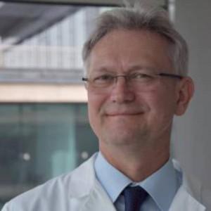 Dr. Schandl László belgyógyász főorvos