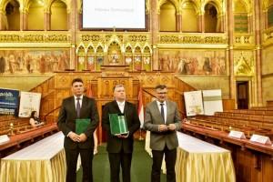 Szokolics Ákos, Mihályi László és Béli Géza